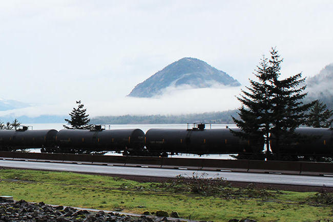Oregon Legislature Passes Historic Oil Train Spill Response Bill