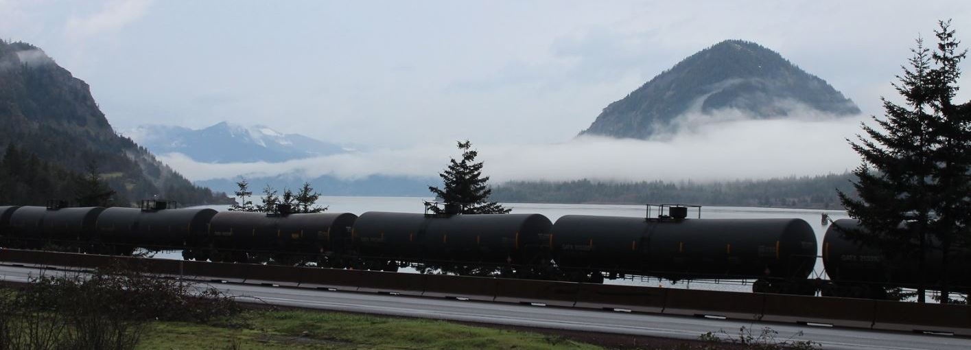 Friends Staff Urge Strong Oil Train Safety Law in Testimony at Capitol