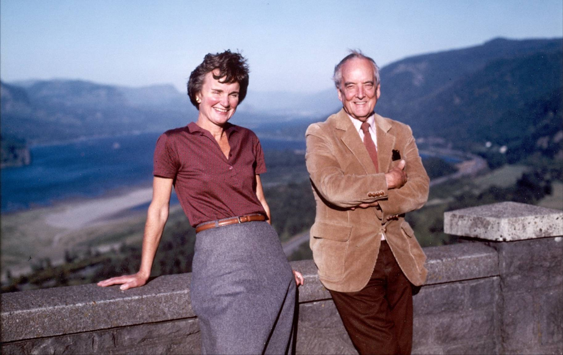Nancy Russell and John Yeon at Crown Point, 1980. (Photo: Friends' photo archive)