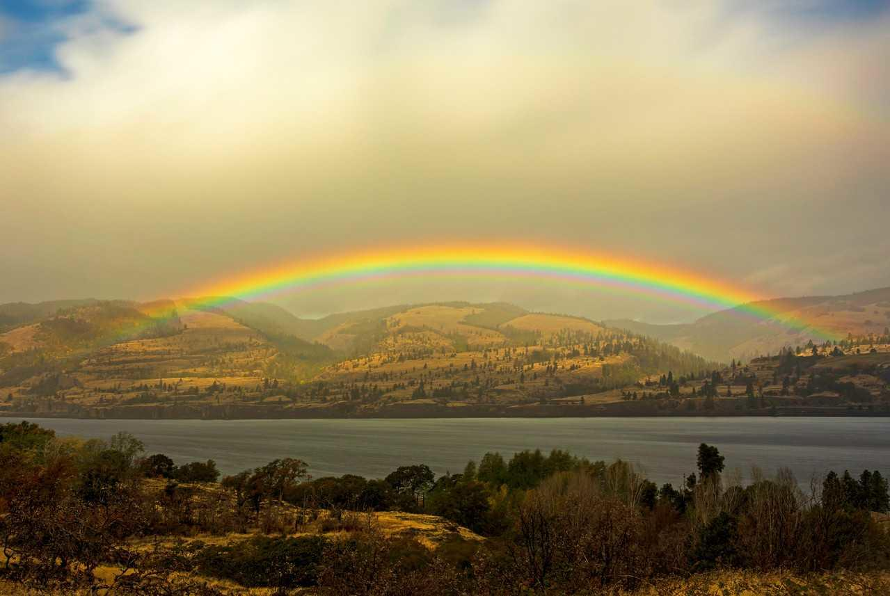 Memaloose State Park, Rainbow: Cate Hotchkiss