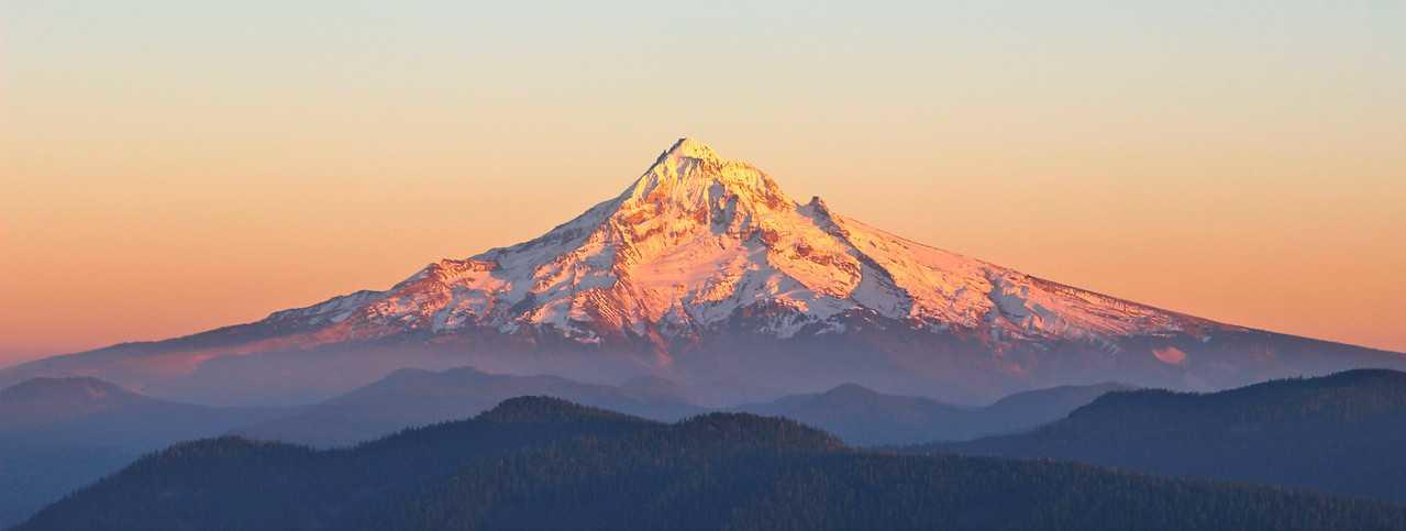 Larch Mountain, Mt. Hood at sunset: Stan Robinson